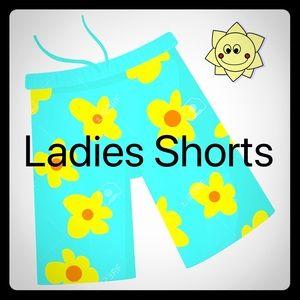 Pants - Women's/Jrs Shorts